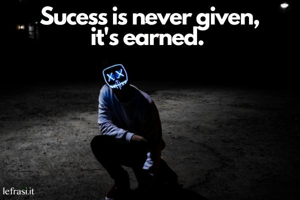 Frasi motivazionali in inglese - Kill them with success and bury them with a smile. (Uccidili con il successo e seppelliscili con un sorriso)